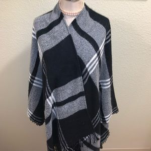 Black and White Plaid Shawl